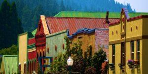 Colorful vintage buildings in Quincy California